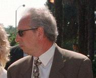 """<p>Anthony Pellicano in a 1998 photo. Foul-mouthed taped audio conversations reminiscent of """"The Sopranos"""" were played Tuesday for the jury in the federal wiretapping and racketeering case against the former celebrity sleuth. REUTERS/File</p>"""