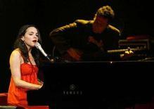 <p>Norah Jones performs during a concert at the 41st Montreux Jazz Festival July 17, 2007. REUTERS/Denis Balibouse</p>