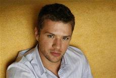 """<p>Actor Ryan Phillippe who portrays Brandon King in the movie """"Stop-Loss"""" poses for a portrait in Los Angeles March 16, 2008. REUTERS/Mario Anzuoni</p>"""