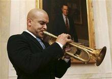 <p>Jazz trumpeter Irvin Mayfield performs during a reception at the White House, January 28, 2008, before the State of the Union address by President George W. Bush. REUTERS/Chris Greenberg /The White House/Handout</p>