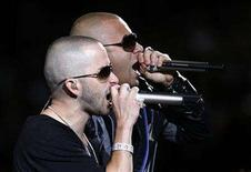 <p>Members of the Puerto Rican reggaeton group, Wisin and Yandel, perform during the closing of the 49th International Song Festival in Vina Del Mar city, about 75 miles (120 km) northwest of Santiago, February 25,2008. REUTERS/Eliseo Fernandez</p>