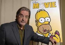 <p>Matt Groening, criador de 'Os Simpsons', posa para foto promovendo o filme baseado no seriado, em 22 de junho de 2007, na Califórnia. A Venezuela retirou do ar o desenho norte-americano 'Os Simpsons', dizendo se tratar de má influência. No lugar do desenho na programação da manhã, foram reprisados episódios do seriado 'SOS Malibu'. Photo by Phil Mccarten</p>