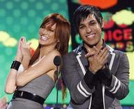 <p>Ashlee Simpson and Pete Wentz at the Nickelodeon's Kids' Choice Awards in Los Angeles, March 29, 2008. Wentz on Monday denied that his fiancee, pop star Ashlee Simpson, is pregnant as reported in celebrity magazines days after they announced their engagement, according to a story on MTV.com. REUTERS/Mario Anzuoni</p>