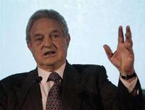 <p>George Soros in una foto d'archivio. REUTERS/Jason Reed (UNITED STATES)</p>