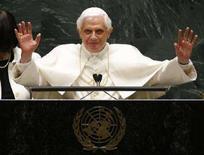 <p>Papa Benedetto XVI durante il suo intervento di oggi all'Assemblea Generale delle Nazioni Unite a New York. 18 aprile 2008. REUTERS/Ray Stubblebine</p>