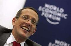 <p>Richard Quest, anchor of CNN International, attends a session at the World Economic Forum (WEF) in Davos January 24, 2007. REUTERS/Pascal Lauener</p>