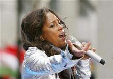 <p>Singer Alicia Keys performs on the NBC Today Show in New York April 21, 2008. REUTERS/Lucas Jackson</p>