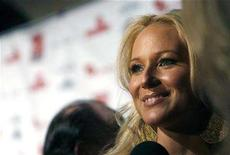 """<p>Singer Jewel attends the Virgin Unite's """"Rock The Kasbah"""" benefit reception in Hollywood, California July 2, 2007. REUTERS/Mario Anzuoni</p>"""