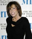 <p>Carly Simon arrives at the Museum of Television & Radio's annual gala in New York, February 8, 2007. REUTERS/Chip East</p>