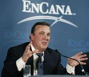 <p>EnCana President and Chief Executive Officer Randy Eresman announces that EnCana, Canada's largest energy company, will be split into two energy companies in Calgary May 11, 2008. EnCana Corp said on Sunday it plans to split into two separate oil and natural gas firms in an effort to wring out more value with crude prices at record highs. EnCana, a $65 billion producer formed in a merger six years ago, said the new oil firm will operate its Alberta oil sands and U.S. refining assets, which it runs as part of a joint venture with ConocoPhillips. It will also encompass Canadian plains natural gas assets. REUTERS/Todd Korol</p>