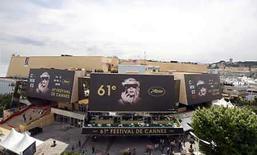 <p>El festival de cine de Cannes, el mayor evento cinematográfico del mundo, será inaugurado el miércoles con 'Blindness', un filme del director brasileño Fernando Meirelles. El festival concluirá el 25 de mayo. Photo by Eric Gaillard/Reuters</p>
