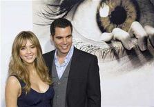 """<p>Actress Jessica Alba and her fiance Cash Warren pose on the red carpet at the premiere of the movie """"The Eye"""" in Los Angeles, California January 31, 2008. Alba, who is pregnant with her first child, married long time boyfriend Cash Warren on Monday, her publicist said. REUTERS / Hector Mata</p>"""