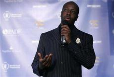 """<p>Musician Wyclef Jean announces his """"Together For Haiti"""" program to help provide food and employment to the struggling country of Haiti during a news conference at the Gansevoort Hotel in New York, May 20, 2008. REUTERS/Joshua Lott</p>"""