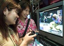 <p>Due videogiocatrici cinesi. REUTERS/Haruyoshi Yamaguchi</p>