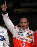 <p>Hamilton garante a pole para o Grande Prêmio do Canadá. O líder do campeonato mundial de Fórmula 1, Lewis Hamilton, garantiu a pole position para o Grande Prêmio do Canadá depois de superar Robert Kubica, da BMW-Sauber, na última volta do treino classificatório. 7 de junho. Photo by Chris Wattie</p>