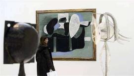 <p>Un'opera di Picasso al Reina Sofia di Madrid REUTERS/Andrea Comas</p>