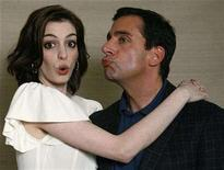 "<p>Anne Hathaway and Steve Carell from the movie ""Get Smart"" pose for a portrait in Los Angeles May 30, 2008. The movie opens in the U.S. on June 20. REUTERS/Mario Anzuoni</p>"