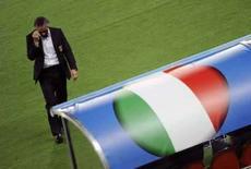 <p>Donadoni descarta demissão e diz que Itália jogou bem. O técnico da Itália, Roberto Donadoni, disse que não vai pedir demissão apesar da derrota nas quartas-de-final da Euro 2008 para a Espanha. 22 de junho. Photo by Christian Charisius</p>