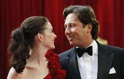 <p>Raffaello Follieri and then girlfriend Anne Hathaway arrive at the 80th annual Academy Awards, the Oscars, in Hollywood February 24, 2008. REUTERS/Carlos Barria</p>