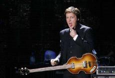 <p>Paul McCartney in concerto a Liverpool lo scorso primo giugno. REUTERS/Nigel Roddis</p>
