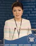 <p>Дарига Назабаева Дочь президента Казахстана Нурслутана Назарбаева выступает на открытии Евразийского медиа форума в Алма-ате, 24 апреля 2008 года. Дочь президента Казахстана Нурсултана Назарбаева в среду посетовала, что мужчины становятся все более женственными, так что о сексуальных домогательствах женщинам остается только мечтать. (REUTERS/Shamil Zhumatov)</p>