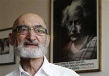 <p>Dr. Henry Morgentaler speaks to the media in Toronto, July 2, 2008. Dr. Morgentaler was named a member of the Order of Canada, Canada's highest honour, after spending decades of his life advocating the legalisation of abortion in Canada. REUTERS/Mark Blinch</p>