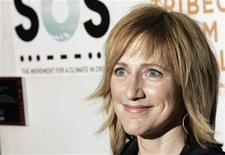 <p>Actress Edie Falco arrives to attend the Short Film Program and opening of the Tribeca Film Festival in New York April 25, 2007. REUTERS/Lucas Jackson</p>