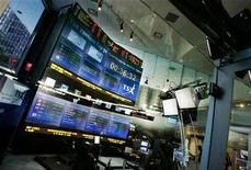 <p>A general view of the TSX (Toronto Stock Exchange) Broadcast Centre in Toronto, June 20, 2008. REUTERS/Mark Blinch</p>