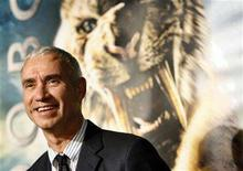 "<p>Roland Emmerich poses at the premiere of ""10,000 B.C."" at the Grauman's Chinese theatre in Hollywood, California March 5, 2008. REUTERS/Mario Anzuoni</p>"