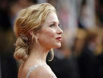 """<p>Actress Christina Applegate from """"Samantha Who?"""" arrives at the 14th annual Screen Actors Guild Awards in Los Angeles, January 27, 2008. REUTERS/Mario Anzuoni</p>"""