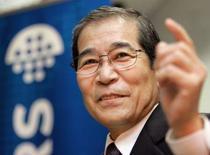 <p>Michio Kariya, le président de Nikon. Le bénéfice trimestriel du groupe japonais a reculé de 20,5% sous l'effet d'une demande atone pour les équipements de fabrication de puces. /Photo d'archives/REUTERS/Eriko Sugita</p>