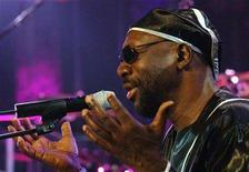 <p>File photo shows soul music veteran Isaac Hayes at the Montreux Jazz Festival in Montreux, Switzerland on July 2, 2005. REUTERS/ARC-Jean-Bernard Sieber/Files</p>