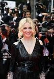 <p>Madonna, aos 50 anos, começa turnê mundial em estádio britânico. Madonna no festival de cinema de Cannes. A cantora vai começar sua turnê mundial 'Sticky & Sweet' (Grudento e Doce) no Millennium Stadium de Cardiff, País de Gales, no sábado. 21 de maio. Photo by Jean-Paul Pelissier</p>