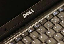<p>Un computer Dell. REUTERS/Brendan McDermid</p>
