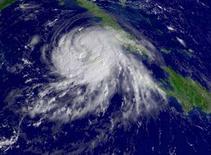 <p>Il centro dell'uragano Gustav ripreso sui Caraibi in una immagine del satellite Noaa del 29 agosto. REUTERS/National Oceanic and Atmospheric Administration/Handout (UNITED STATES).</p>