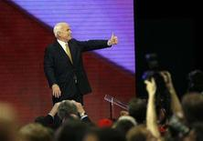 <p>U.S. Republican presidential nominee Senator John McCain (R-AZ) gives a thumb up after accepting the nomination during the fourth and final day of the 2008 Republican National Convention in St. Paul, Minnesota, September 4, 2008. REUTERS/John Gress</p>