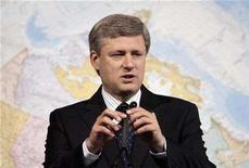<p>Prime Minister Stephen Harper speaks during a news conference at the Library and Archives of Canada in Ottawa, August 26, 2008. REUTERS/Christopher Pike</p>