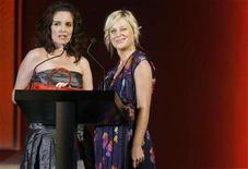 "<p>Actresses Tina Fey (L) and Amy Poehler present the award for ""Accessory Designer of the Year"" during the Council of Fashion Designers of America annual awards ceremony in New York June 2, 2008. REUTERS/Lucas Jackson</p>"