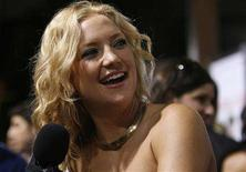 "<p>Cast member Kate Hudson is interviewed at the world premiere of the movie ""My Best Friend's Girl"" at the Arclight theatre in Los Angeles September 15, 2008. The movie opens in the U.S. on September 19. REUTERS/Mario Anzuoni</p>"