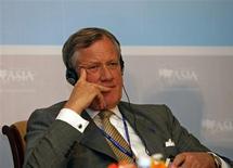 <p>Selon Michael Treschow, président du groupe Ericsson, l'équipementier télécoms suédois ne constate pour l'instant aucun signe avant-coureur annonçant que ses clients vont réduire leurs dépenses du fait de la crise financière. /Photo d'archives/REUTERS</p>