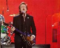 <p>Paul McCartney fez seu primeiro concerto em Israel na quinta-feira diante de dezenas de milhares de fãs delirantes. REUTERS/Gil Cohen Magen (ISRAEL).</p>