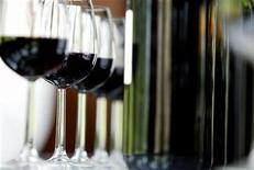 <p>Glasses and bottles of wine are seen in a file photo. REUTERS/Regis Duvignau</p>