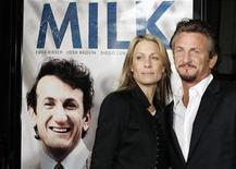 """<p>Cast member Sean Penn and his wife, actress Robin Wright Penn, pose for photographers as they arrive for the world premiere of the film """"Milk,"""" at the Castro Theatre in San Francisco, California October 28, 2008 REUTERS/Robert Galbraith</p>"""