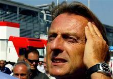 """<p>Luca di Montezemolo, presidente da Ferrari, disse que o título mundial de Lewis Hamilton na Fórmula 1 é apenas um empréstimo. """"Eu gostaria de parabenizar Lewis Hamilton, o mais jovem campeão na história da Fórmula 1"""", ponderou o italiano em nota. REUTERS/Giampiero Sposito</p>"""