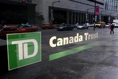 <p>A view of a branch of a TD Canada Trust bank in Toronto, November 9, 2007. REUTERS/Mark Blinch</p>