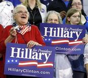 <p>Supporters of Senator Hillary Clinton cheer her on during a campaign rally at Logan Middle School in West Virginia, May 12, 2008. REUTERS/Jason Reed</p>