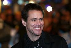 """<p>Ator norte-americano Jim Carrey chegando na cerimônia de lançamento da comédia """"Yes Man"""" em Leicester Square, Londres. REUTERS/Andrew Parsons</p>"""