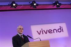 <p>Jean-Bernard Lévy, président du directoire de Vivendi. Selon une station de radio espagnole, le groupe de média Prisa est sur le point de vendre sa filiale de télévision payante Digital+ à Telefonica et Vivendi pour 2,3 milliards d'euros. /Photo d'archives/REUTERS/Benoit Tessier</p>