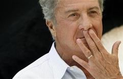 "<p>Dustin Hoffman poses during a photocall to promote his animated film ""Kung Fu Panda"" in Madrid June 24, 2008.REUTERS/Susana Vera</p>"