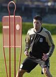 <p>O meia da seleção inglesa e do Liverpool Steven Gerrard foi preso por suspeita de agressão, informou uma fonte policial nesta segunda-feira. REUTERS/Phil Noble</p>